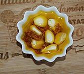 Eingelegter Chili-Knoblauch (Bild)