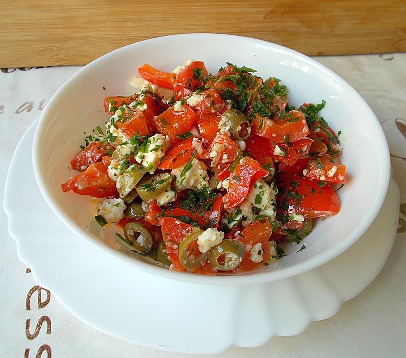 paprika feta salat mit knoblauch und oliven rezept mit bild. Black Bedroom Furniture Sets. Home Design Ideas