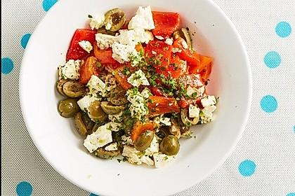 paprika feta salat mit knoblauch und oliven von silbernerstern. Black Bedroom Furniture Sets. Home Design Ideas