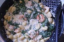 Gnocchi mit Spinat und Garnelen