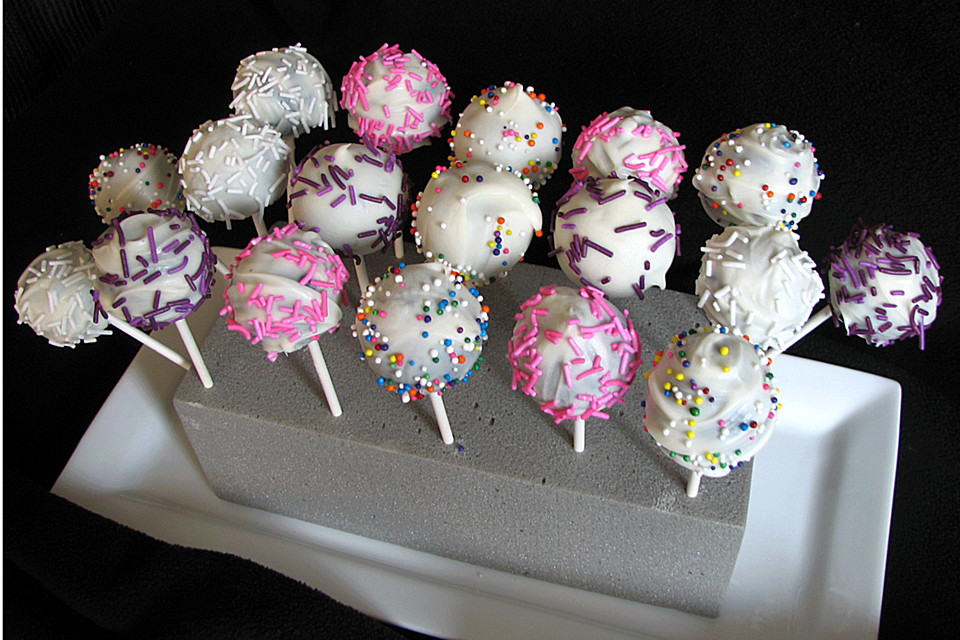 cake pops rezept mit bild von aaliyah2709. Black Bedroom Furniture Sets. Home Design Ideas