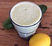 Gurken-Apfel-Buttermilch-Shake