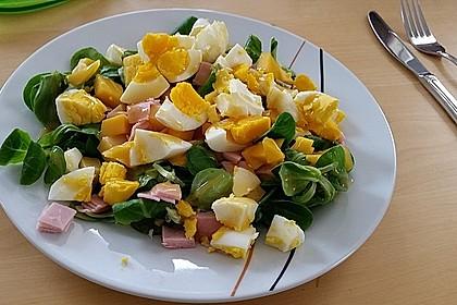 Fruchtiger Feldsalat mit Mango und Schinken 3
