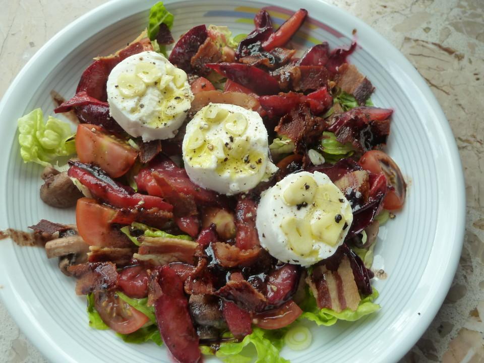 salat mit mariniertem ziegenk se und zwetschgen rezept mit bild. Black Bedroom Furniture Sets. Home Design Ideas