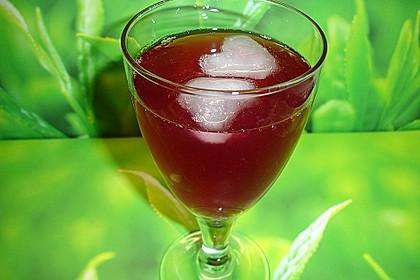 Holunder-Cranberry-Schorle