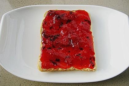 Erdbeermarmelade mit frischer Minze 7