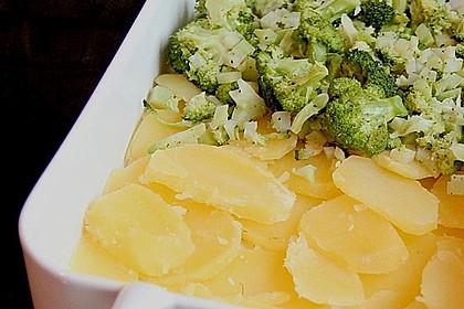 Brokkoli - Fenchel - Auflauf mit Kartoffeln 4