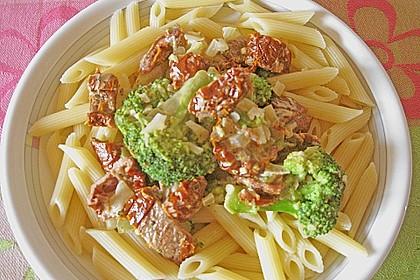 Brokkoli - Pasta mit getrockneten Tomaten 4