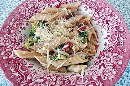 Brokkoli - Pasta mit getrockneten Tomaten 3