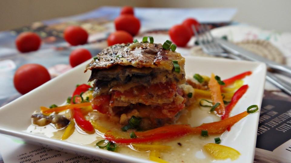 fisch rezepte mit jamie oliver auberginen tomate. Black Bedroom Furniture Sets. Home Design Ideas