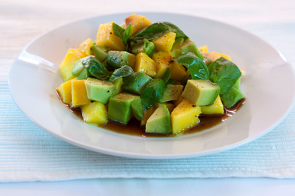 mango avocado salat mit balsamicodressing rezept mit bild. Black Bedroom Furniture Sets. Home Design Ideas