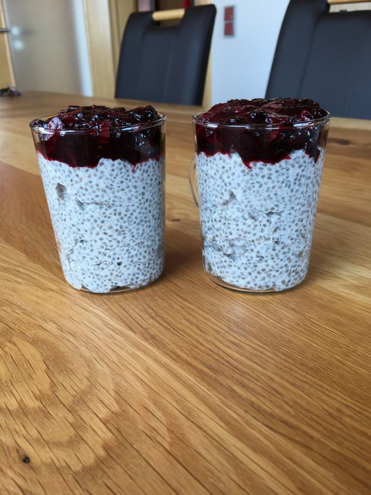 chia samen pudding mit banane von alekspartymaus. Black Bedroom Furniture Sets. Home Design Ideas