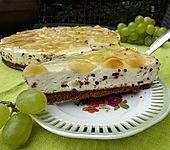 Stracciatella Cheesecake mit Trauben