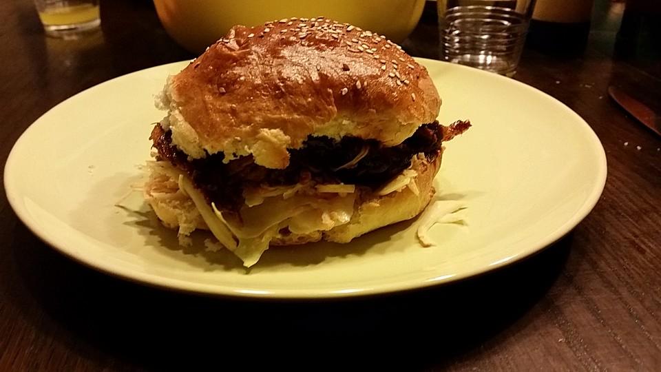 Pulled Pork Burger Gasgrill : Pulled pork aus dem ofen von waschbär chefkoch