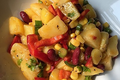 Türkischer Kartoffelsalat mit buntem Gemüsemix 2