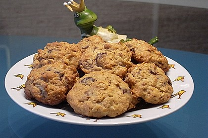 Urmelis Doppelschoko-Erdnussbuttercookies mit salzigen Erdnüssen