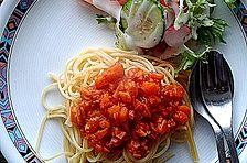 Spaghetti mit vegetarischer Möhren-Bolognese