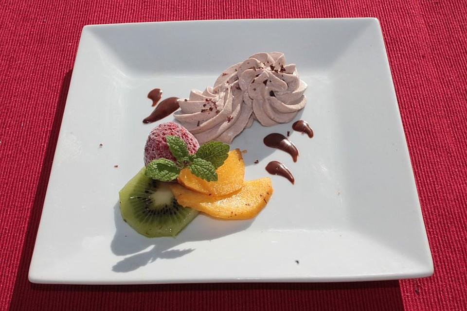 schokoladen frischk se dessert mit fr chten rezept mit bild. Black Bedroom Furniture Sets. Home Design Ideas
