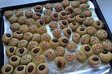 Minimuffins mit Karamellcreme