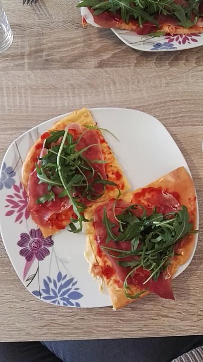 beste und einfachste low carb pizza rezept mit bild. Black Bedroom Furniture Sets. Home Design Ideas
