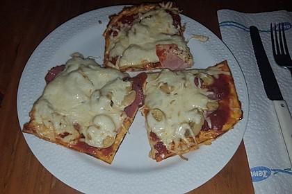 Beste und einfachste Low Carb Pizza 23