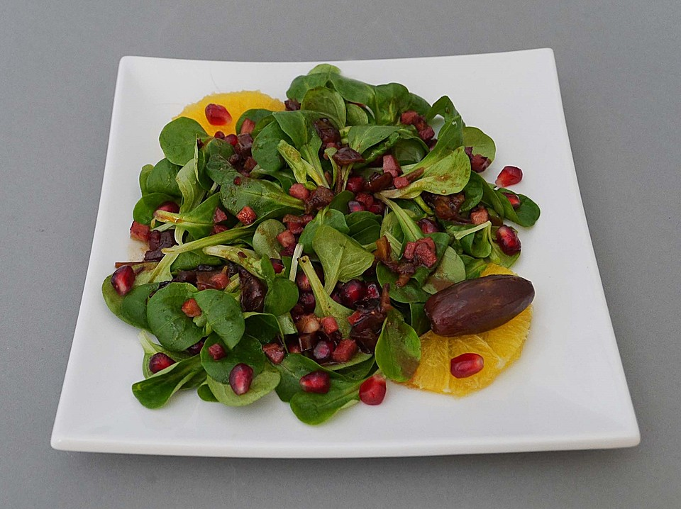 Feldsalat mit granatapfelkernen speck und datteln rezept for Datteln deko