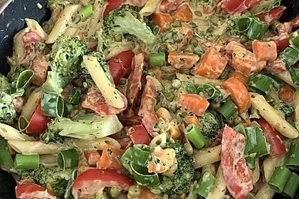 Leichte Gemüse-Nudelpfanne 15