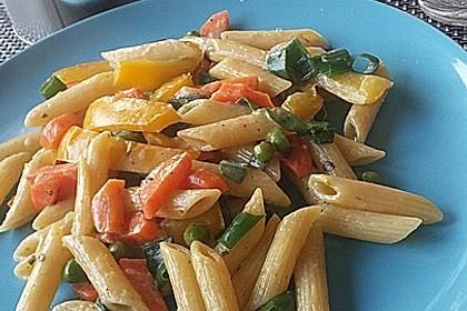 Leichte Gemüse-Nudelpfanne 4
