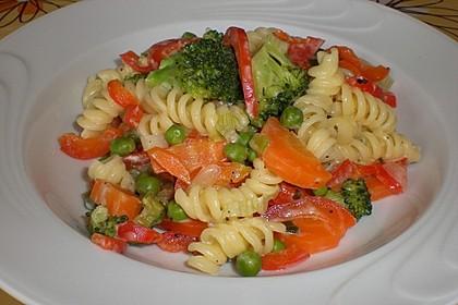Leichte Gemüse-Nudelpfanne 1