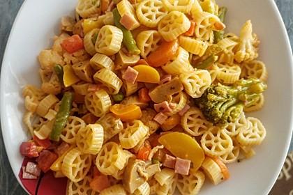 Leichte Gemüse-Nudelpfanne 8