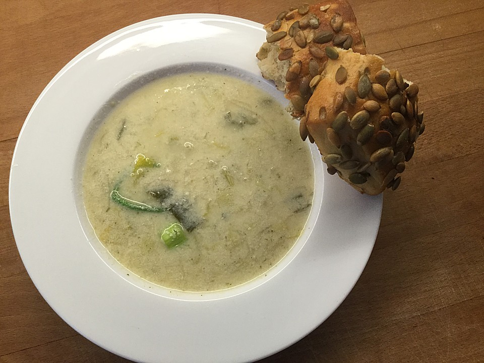 vegetarische frischk se lauch suppe rezept mit bild. Black Bedroom Furniture Sets. Home Design Ideas
