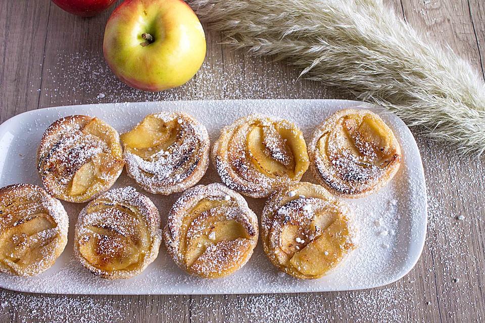 Apfel-Marzipan-Vanille-Törtchen