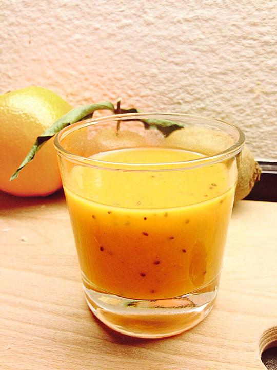 kiwi papaya smoothie rezept mit bild von magmuffin. Black Bedroom Furniture Sets. Home Design Ideas