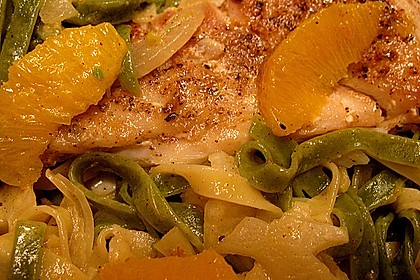 Tagliatelle an Orangen-Fenchel-Sauce mit gebratenen Kabeljaufiletstücken 16
