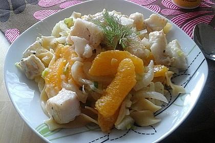 Tagliatelle an Orangen-Fenchel-Sauce mit gebratenen Kabeljaufiletstücken 15