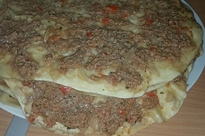 Türkische Pizza aus der Pfanne 1