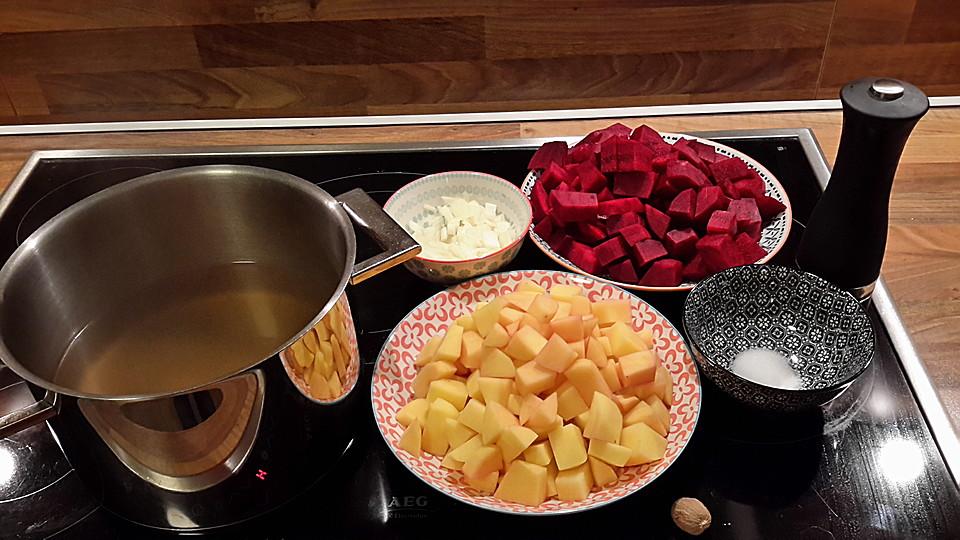 frische rote beete vegetarisch suppe. Black Bedroom Furniture Sets. Home Design Ideas