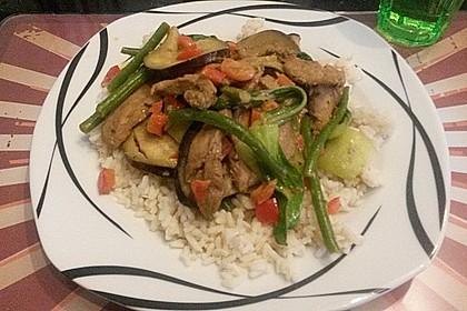 Hähnchen-Kokos-Curry