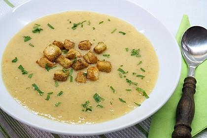 Kartoffelsuppe mit Erdnussbutter