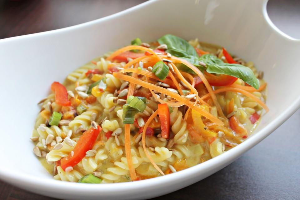 One Pot Pasta-Kokosmilch-Curry