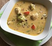 Hähnchen-Curry-Lauch-Suppe