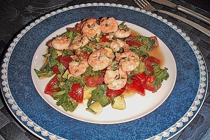Tomaten-Avocado-Salat mit Garnelen 2