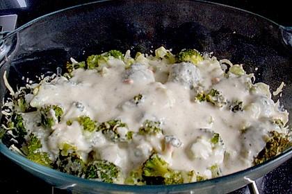 Gratinierter Brokkoli mit Käsesauce 10