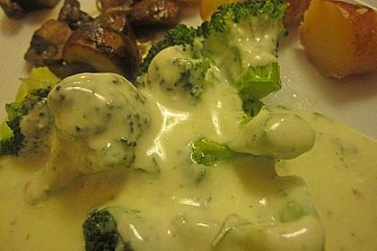 Gratinierter Brokkoli mit Käsesauce 6