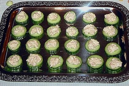 Gurken-Lachs-Häppchen 24