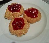 Himbeer-Mandel-Kekse (Bild)