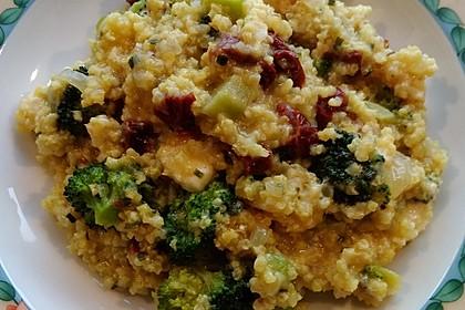 Brokkoli-Hirse mit Feta/Schafskäse 12