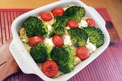 Brokkoli-Hirse mit Feta/Schafskäse