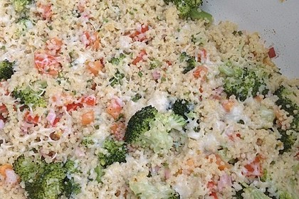 Brokkoli-Hirse mit Feta/Schafskäse 22