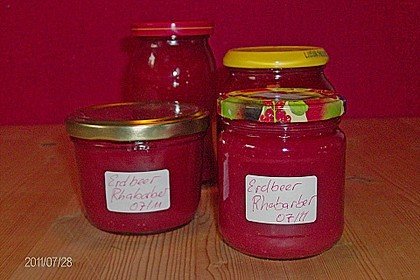 Erdbeer - Rhabarber - Konfitüre